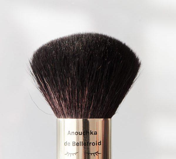 Le pinceau Kabuki Anouchka de Bellefroid